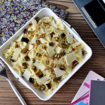 Pâtes aux aubergines, pignons et parmesan - © Tendance Food