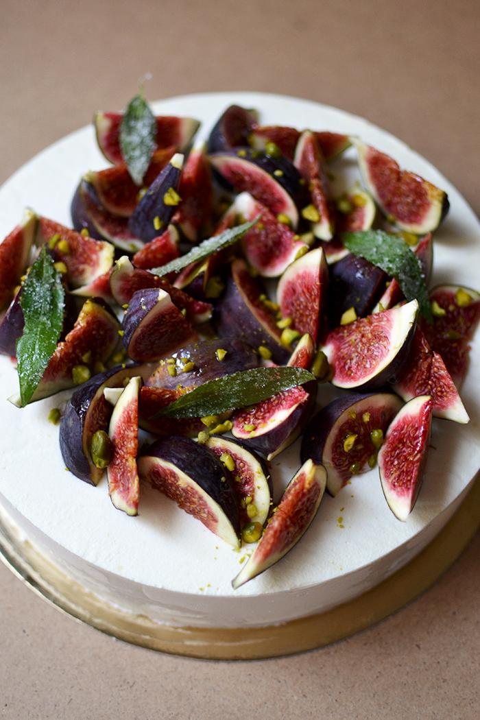 Entremet figue, verveine, pistache © Tendance Food