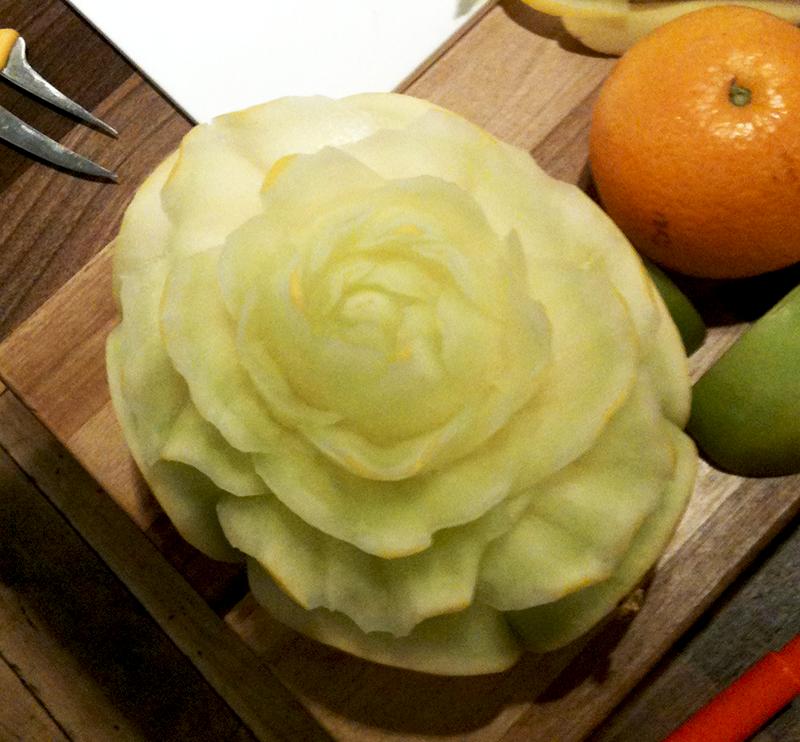 Fleur en melon - sculpture de Frédéric Jaunault, MOF Primeur