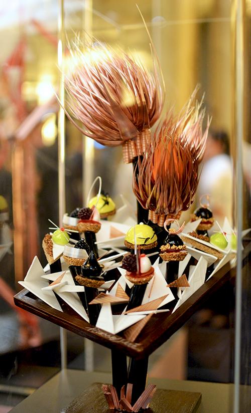 Pièce-bijoux en sucre, thème Picasso sucré - Christophe Renou ©TendanceFood.com