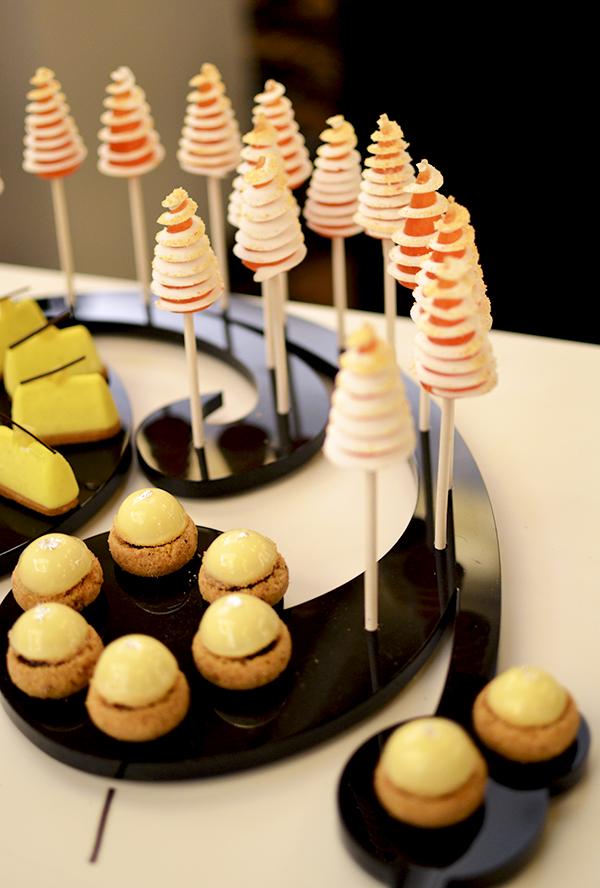 Buffet sucré MOF pâtissiers confiseurs 2015 ©TendanceFood.com