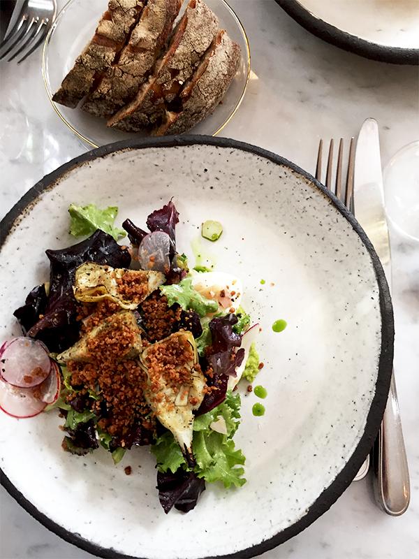 Burrata / artichaut / mesclun - Restaurant Ellsworth Paris ©TendanceFood.com