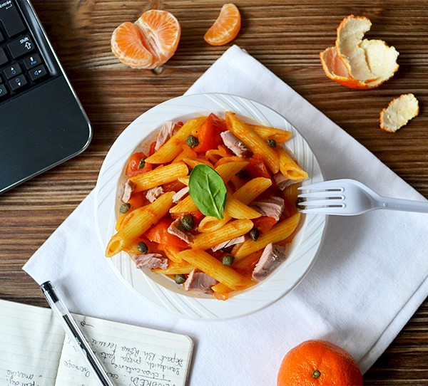 Lunchbox : Penne thon / tomates / câpres ©TendanceFood.com