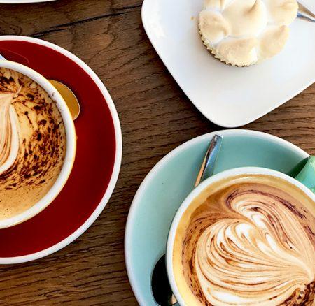 Découvrez le Café Bunna, le plus petit coffee shop d'Annecy